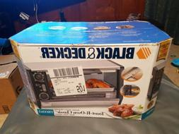Black & Decker TOASTER OVEN Toast-R-Oven model TRO365 new in