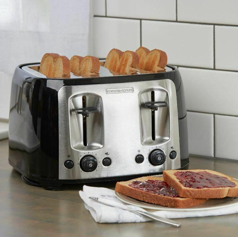 4-Slice Toaster with Extra-Wide Slots,