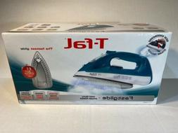 T-FAL/WEAREVER FV1565 Fastglide Steam Iron Turquoise NIB Fra